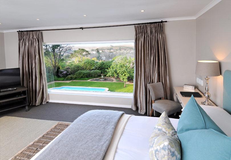 bedroom-2-810x560
