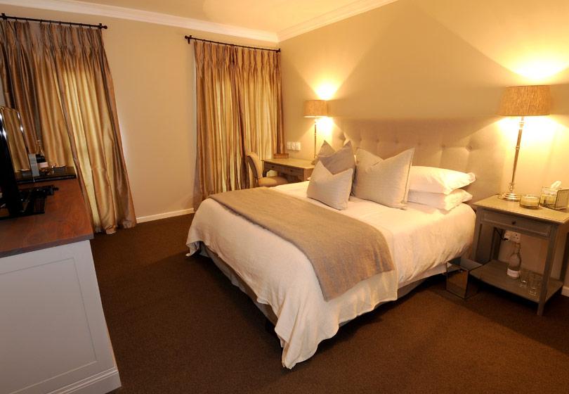 bedroom-4-c-810x560